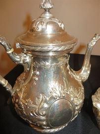 19TH C. TIFFANY& CO.  ENGLISH STERLING COFFEE POT