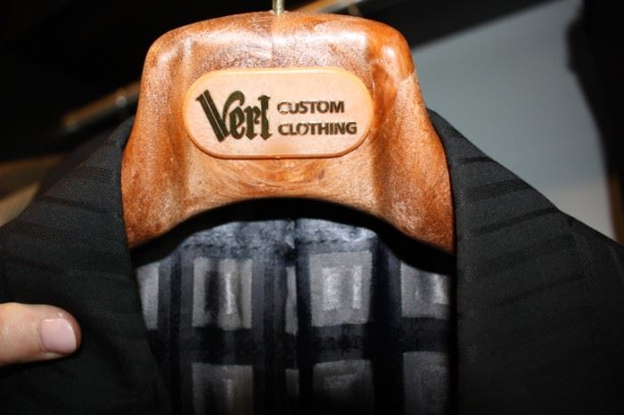 Verl Custom clothing