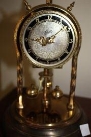 Shatz clock