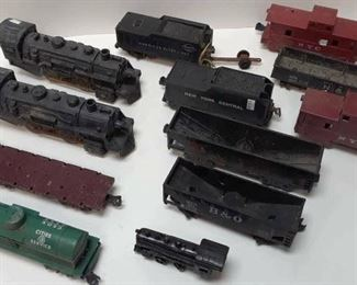 TOY TRAIN LOT OF 12 PCS RANDOM LA6069 https://www.ebay.com/itm/113732393898