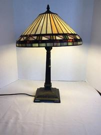 Tiffany style lamp https://ctbids.com/#!/description/share/135179