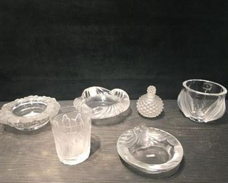 Lalique 6 pieces. Low estimate $300