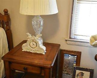 SIDE TABLE, LAMP, CLOCK