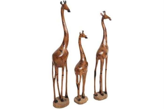 187. Set of Three 3 Carved Giraffe Figures