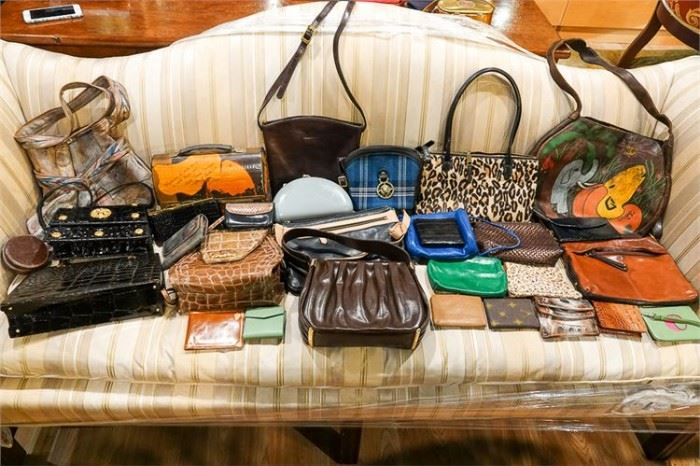 289. Group Lot Of Ladies Handbags and Clutches