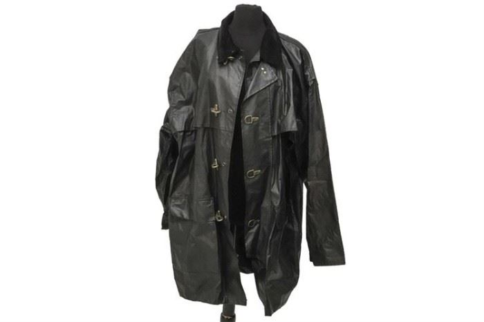 319. Outerwear Company Reliable Raincoat