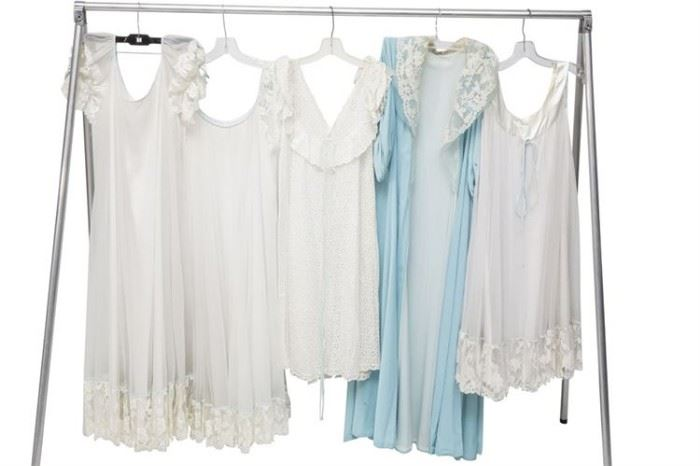 395. Group Lot of Ladys Sleepwear