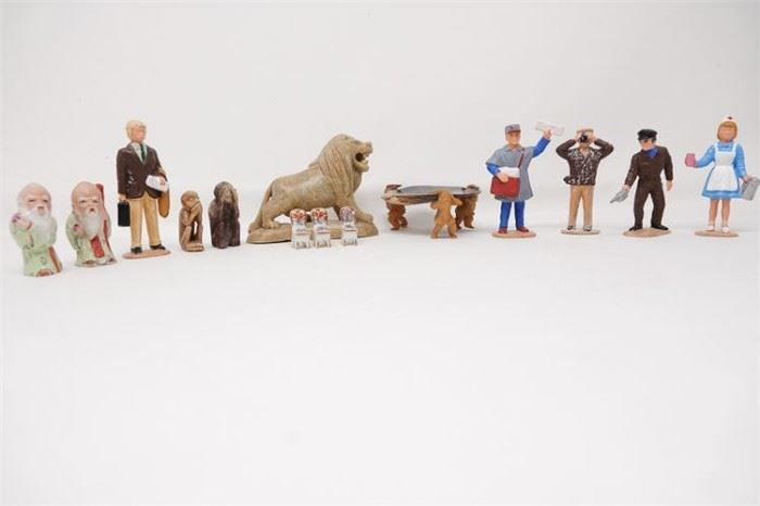 452. Assorted Miniature Figures and Furniture