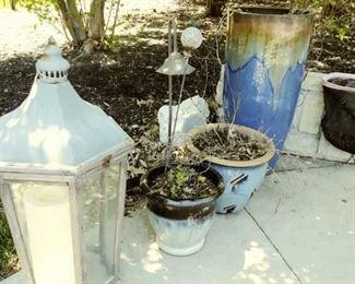 pots and decor
