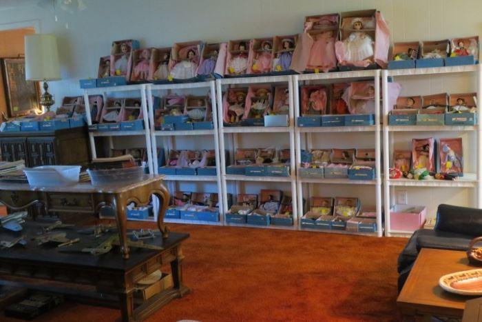Large Collection Madame Alexander Dolls