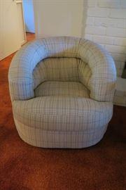 Mid Century Barrel Chair