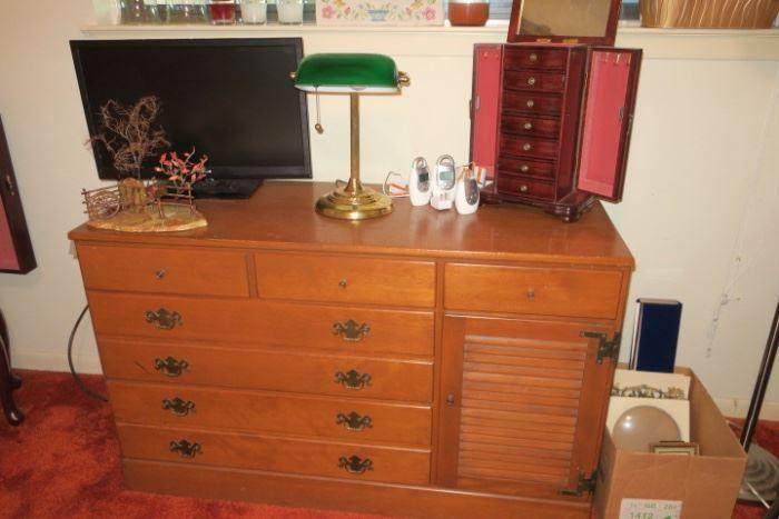 Ethan Allen Maple Vintage Dresser