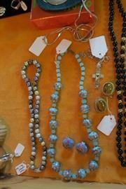 Vintage Venetian Glass Bead Necklace/Earrings Set