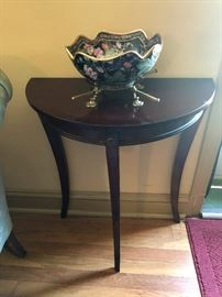 Cherry sidetable
