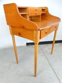 Cherry Wood Students Desk
