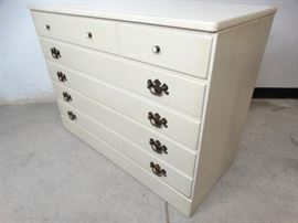 Ethan Allen Childs Chest of Drawers