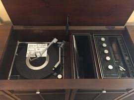 Details of stereo system