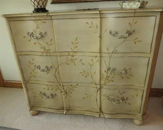 HANDPAINTED CHEST OF DRAWERS WITH IVY & VINE DESIGN ULTIMATE ACCENTS