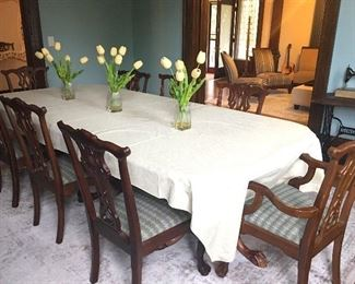 This dining room table will look elegant in your dining room, it features 6 chairs and 2 captains chairs.
