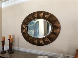Large mirror with great three dimensional details