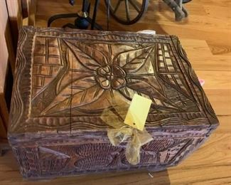#5carved trunk wood as is hinge $75.00