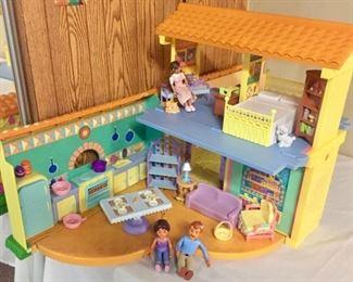 Dora The Explorer Talking Dollhouse