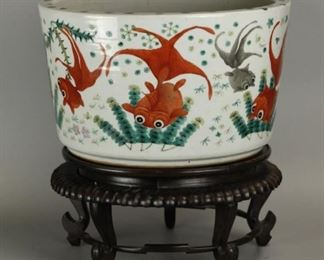 large Chinese porcelain planter, possibly 19th c., size  of planter only: 16in(diameter) x 10in(H)