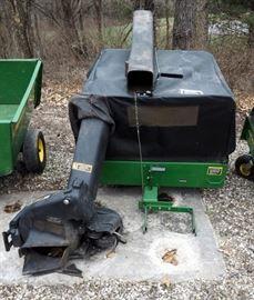 John Deere Collection/ Bagger Cart Model #MC519, ID #MOO579XO93816