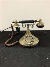 working vintage looking phone