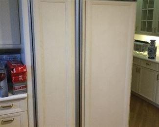 Sub Zero Refrigerator System 532