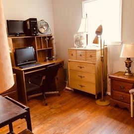 computer desk, monitor, screens