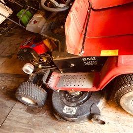 Montgomery wards riding  garden tractor