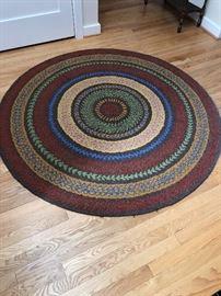 "Garnet Hill wool round rug 60"" diameter asking $120"