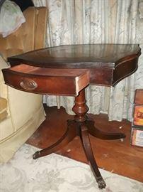 Antique Duncan Pfyfe walnut end table