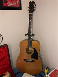Lyon guitar w/ case