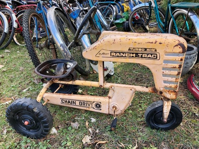 Ranch Trac 502 pedal tractor