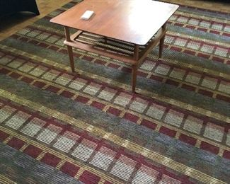 Mid Century Modern end/coffee table