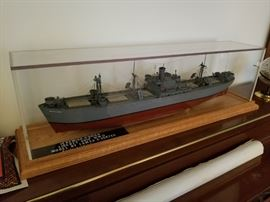 """Overall 33"""" Hand made and painted Vintage model of the WWII Liberty Ship """"Jeremiah O'Brien"""" plexi glass and wood case. 1/16"""" scale = 1'"""