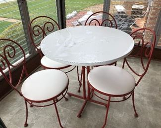 Vintage Bistro/ Ice Cream Parlor table and chairs $180