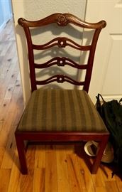 PRESALE $195.00 6 Mahogany Chippendale style chairs