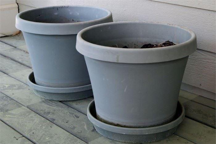 19. Pair of Flower Pots