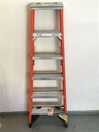 57. Fiberglass and Aluminium 6 Ladder