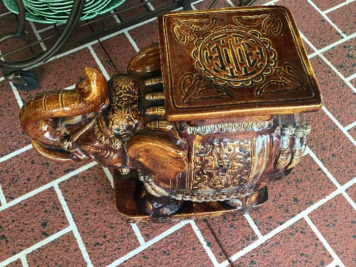 Bronze color Elephant plant stand