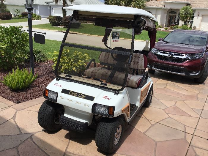"""The Woody""   2003 Electric Club Car in super condition"