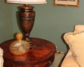 Round Wodden Pedesal Side Table with Lamp and Decanter and Art