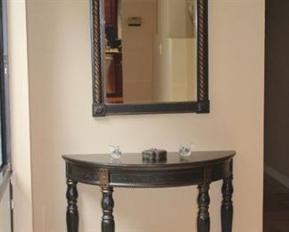 Demi-Lune Foyer Table & Mirror with Ceramic Pot