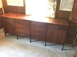 Lane Dresser https://ctbids.com/#!/description/share/135418