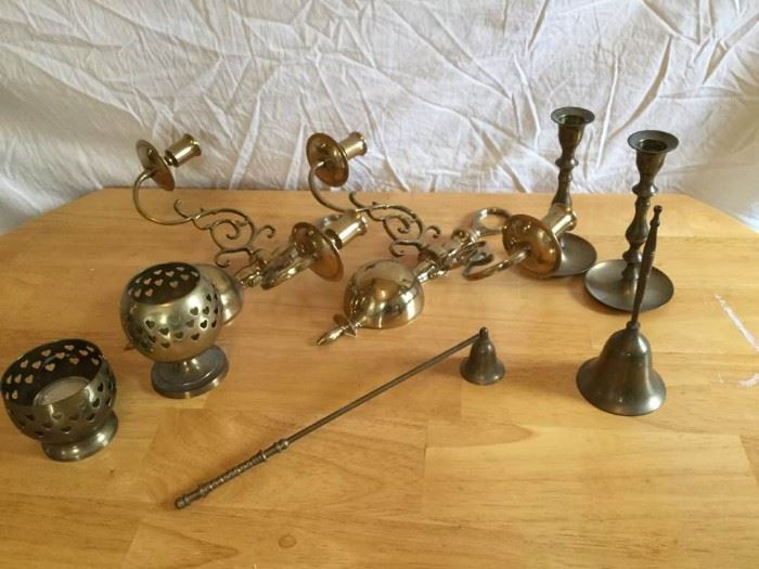 Brass Collection https://ctbids.com/#!/description/share/135423