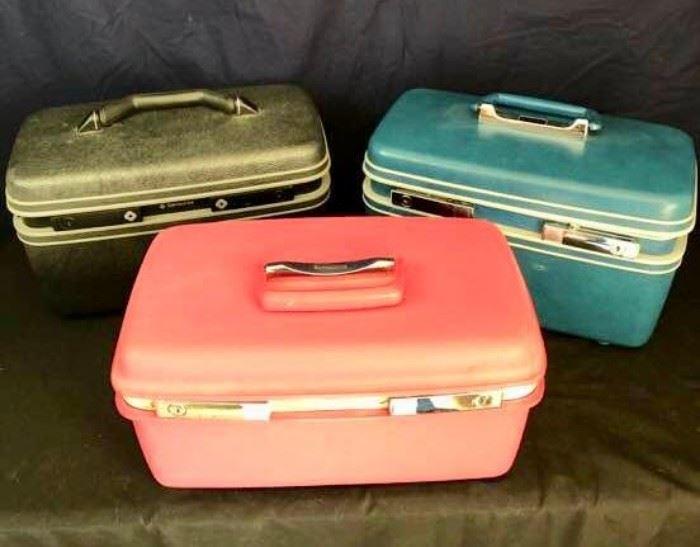 Vintage Cosmetic Cases              https://ctbids.com/#!/description/share/136659