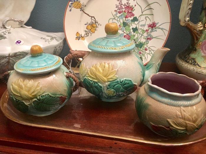 Majolica tea set